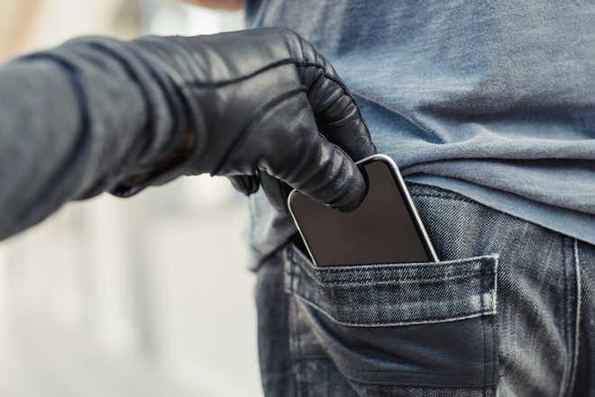 نحوه پیگیری قانونی سرقت موبایل